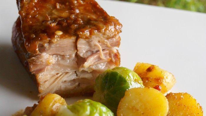 La rien de moins que sublime poitrine de porc confite aux épices