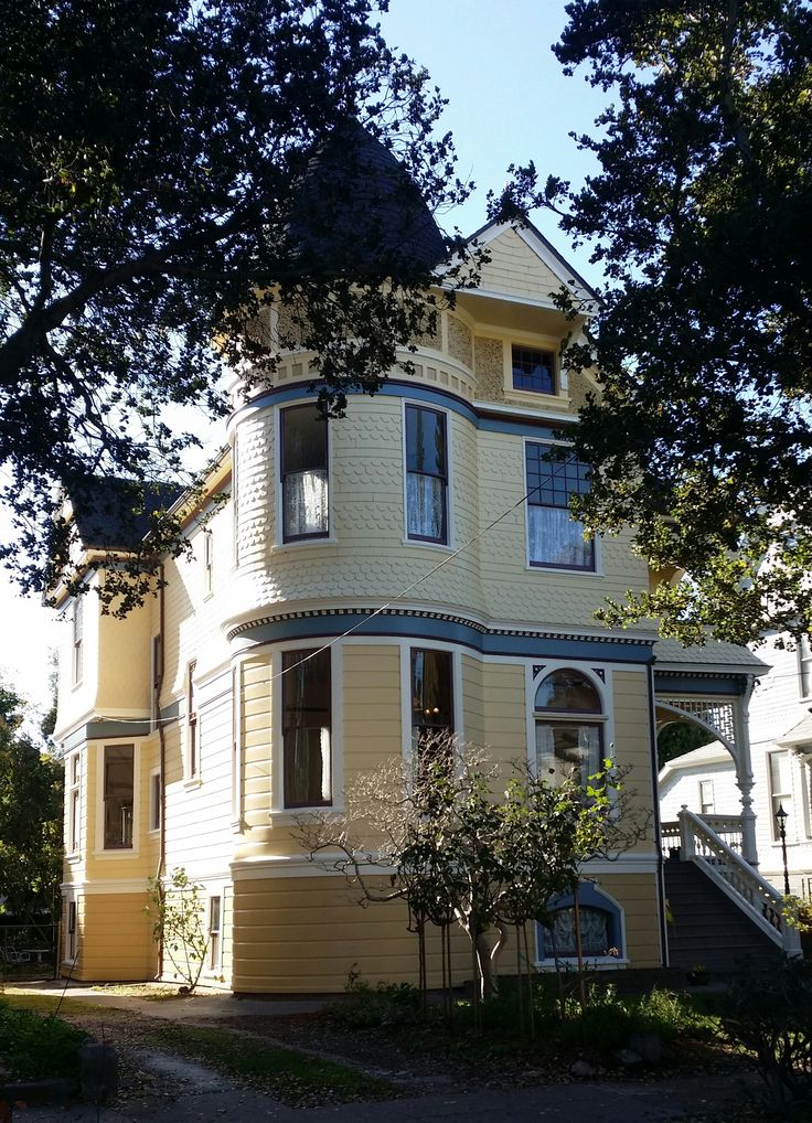 Homes Decor And More On Pinterest Antiques Queen Anne And Mansions