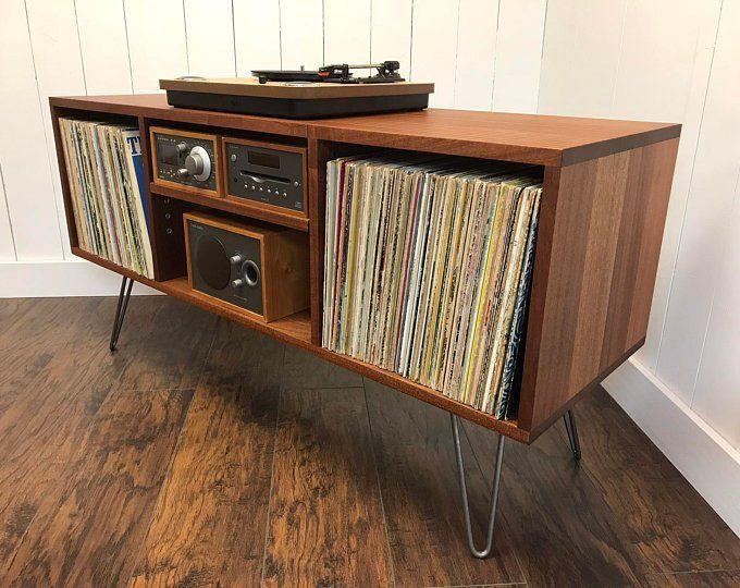 Platine En Acajou Massif Armoire De Rangement De Lalbum Etsy In 2020 Album Storage Vinyl Storage Record Player Cabinet