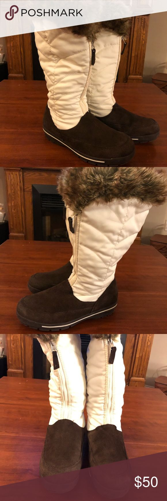Lands End women's winter boots suede/lined 8.5 Lands End women's winter boots suede bottom and cream upper topped with faux fur and lined with fleece. Size 8.5. Good used condition. Lands' End Shoes Winter & Rain Boots