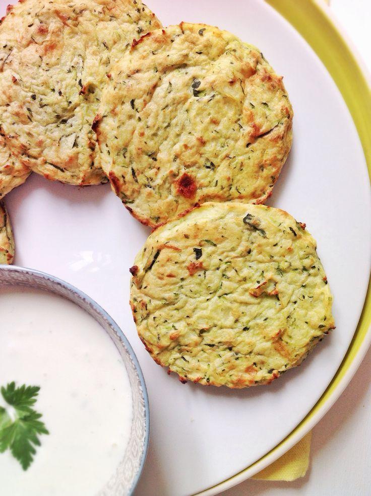 Estos pastelitos de calabacín y patata les encantarán a pequeños y mayores.