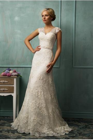 V-neck Modernes Ausgefallenes Hochzeitskleid aus Spitze Donata