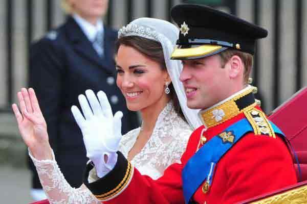 Prințul William și Kate Middleton celebrează cinci ani de căsătorie Apr 29, 2016