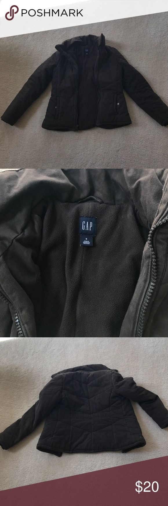 Gap women coat brown excellent condition size S Women size: S pre-owned non smoker GAP Jackets & Coats Trench Coats