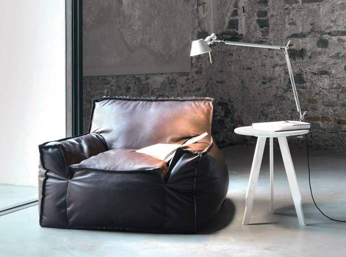 W życiu trzeba umieć się urządzić!  #modern #italianstyle #armchair