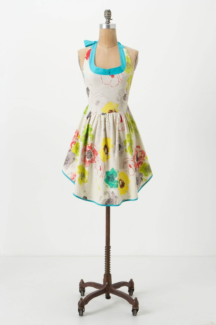 How darling is this apron?! Makes you feel a little extra ...