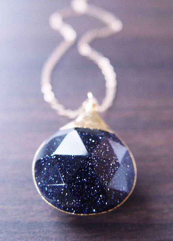 Midnight Star Necklace ♥ I would actually use this as a home/garden accessory