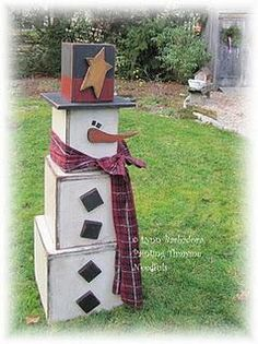 """Box snowman...would be cute on front porch!!! Bebe'!!! Rustic """"Frosty"""" The Snowman!!!"""