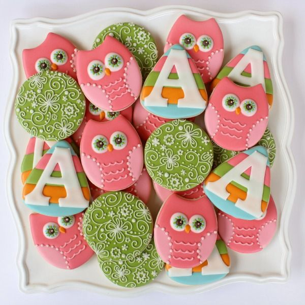 Pastel Owl Cookies - luv, luv, luv these adorable owl cookies.  These would be cute for so many occasions, you can change up the colors to match the theme of the party.