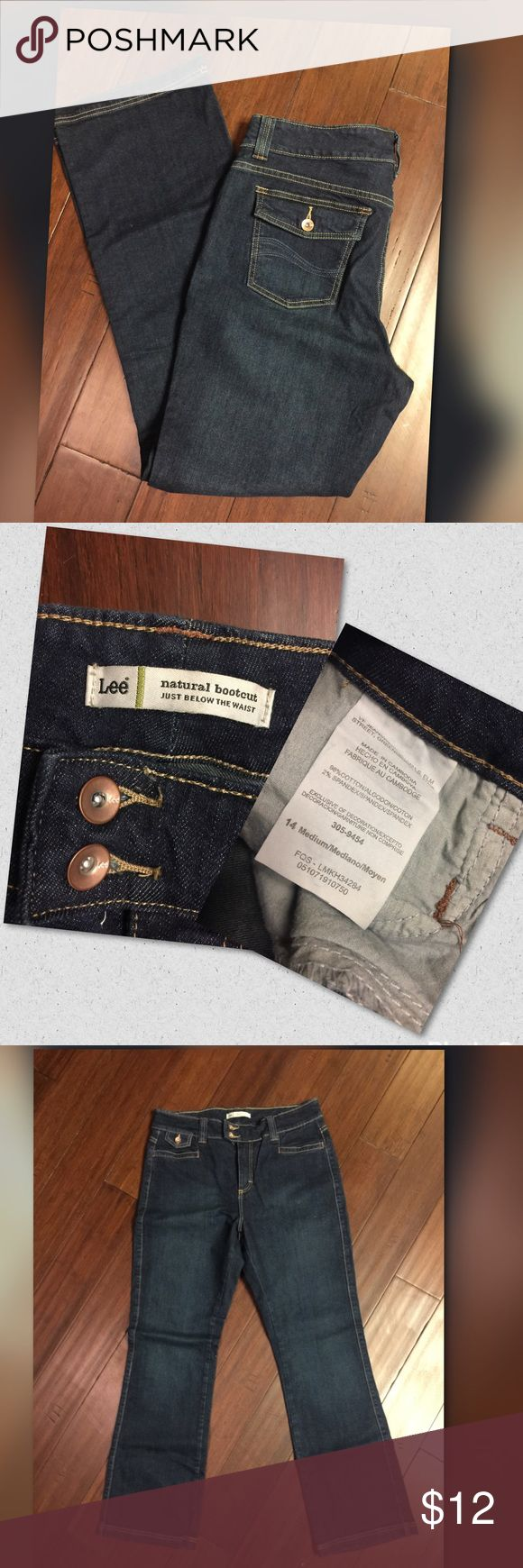 Natural boot cut Lee Jeans *Never Worn* Just below the waist bootcut Lee Jeans. Never worn Lee Jeans Boot Cut