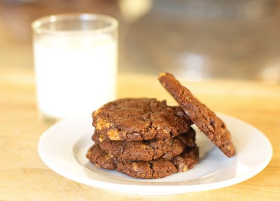 Chocolate Almond Toffee Cookies | Cookie Recipes | Pinterest
