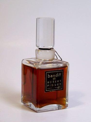 Germaine Cellier, quelle riche cuir que vous avez créée pour la marque de Robert Piquet ; C'est un classique !