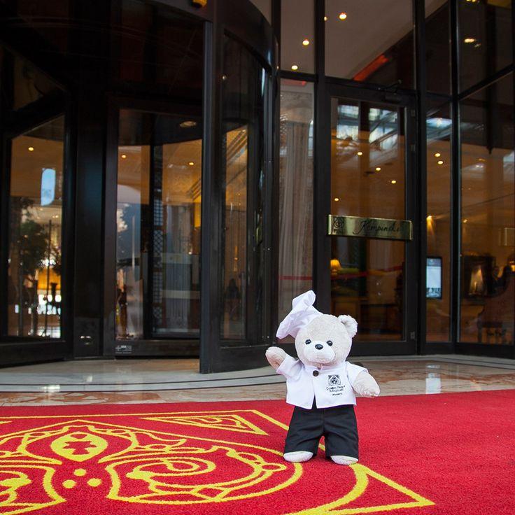Chef Teddy from Teddyland has arrived at Çırağan. #chefteddy