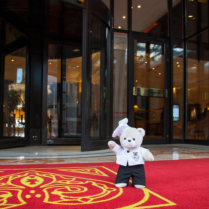 Chef Teddy from Teddyland has arrived at Çırağan. #chefteddy