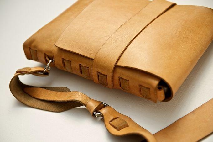 Пять-летний сумка Даррин.  Природные ООН-окрашенная кожа + патина.