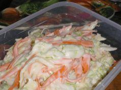Král mezi saláty: Zelný salát s fantastickou jogurtovou zálivkou!