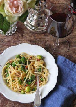 Pasta med rosenkål og pancetta