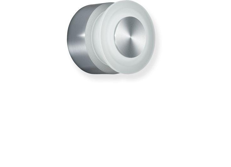 Location:Interior & Exterior Light source:LED 1x3W, 148 Lumen Colour temperature:Warm White 3000K Control gear:Remote Dimensions:Ø89 x 68H