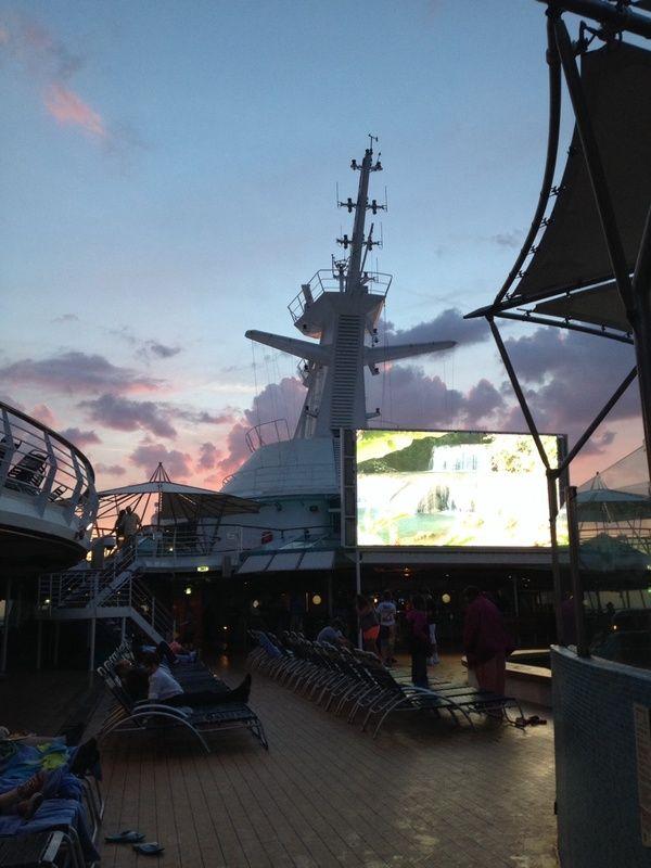 Grandeur of the Seas - Reviews and Photos