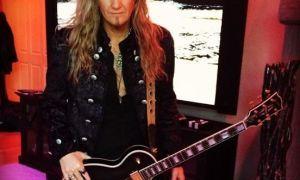 Interview with Joel Hoekstra (Guitars) (Whitesnake, former Night Ranger)