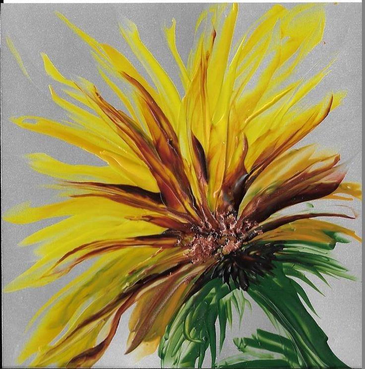 Vandaag een zonnige lentebloem als werkje van de dag. De zon straalt, deze bloem ook!           De afbeelding is 10x10cm en volledig gemaakt met de stylus (tekenpen).         Een