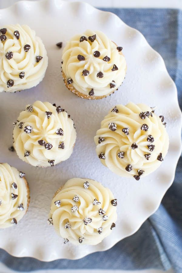 Cannoli cupcakes are made with light cinnamon cupcakes and a creamy mascarpone frosting to create a treat that you won't be able to resist!