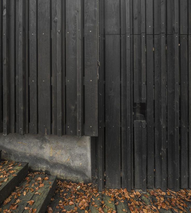 Black House. Marchi Architectes. Normandy, Capelle-les-Grands, France.