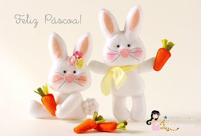 Felt bunnies. ♡ Feliz Páscoa! ♡ by Ei menina! - Érica Catarina, via Flickr
