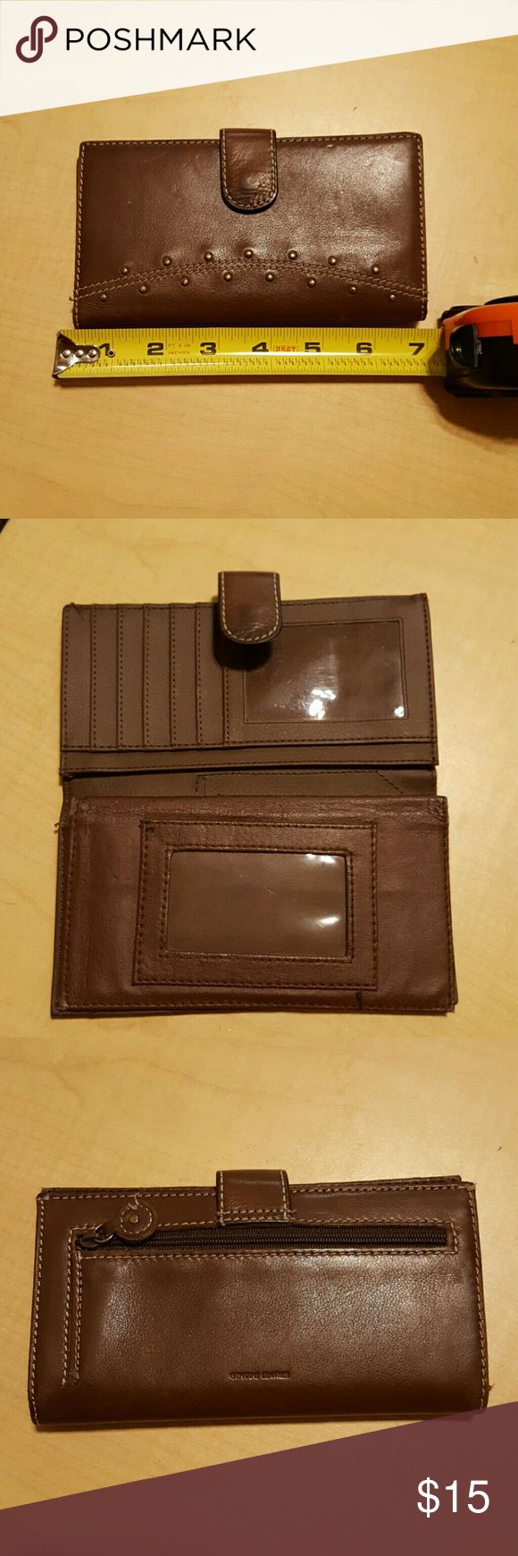 Brown leather wallet Brown leather wallet in great condition. Not sure what brand it is just kind of like a generic leather wallet. Bags Wallets