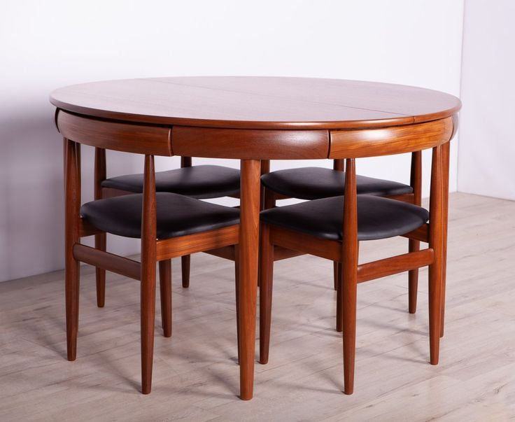 For sale: Mid-Century Teak Dining Table & Chairs by H ...