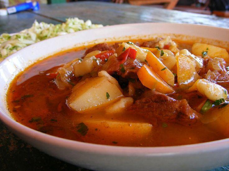 gulyas La gastronomie hongroise | Cuisine hongroise