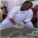 Bienvenido a la página web de Amma España. Aquí encontrarás información sobre la líder humanitaria y espiritual Sri Mata Amritanandamayi, conocida mun...