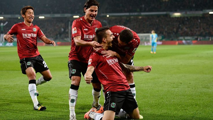 @Hannover96 José Luis Sanmartín Mato, besser bekannt als 'Joselu', mit allen team #9ine