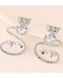 Forever21 Owl Diaomnd Decorated Curve Design Silver Color.  Fashionable with passion REPIN if you like it.😍 Only 86 IDR