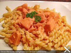 Lachs - Sahne - Soße zu Nudeln, ein tolles Rezept aus der Kategorie Fisch. Bewertungen: 533. Durchschnitt: Ø 4,4.