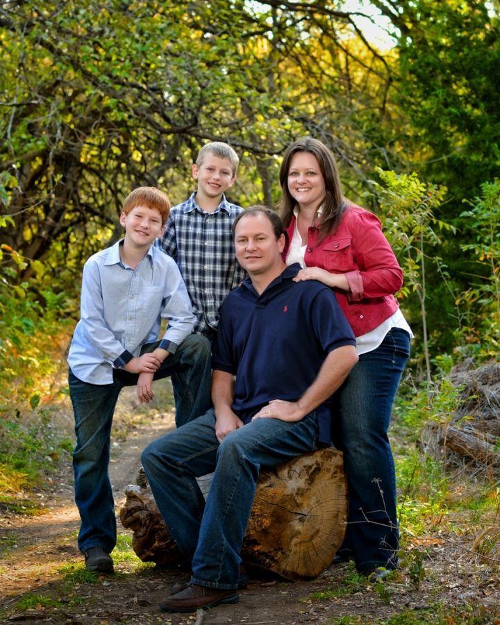 Best 25+ Outdoor Family Portraits Ideas On Pinterest
