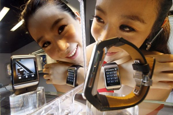 Samsung Watch : All about making the presence felt ...