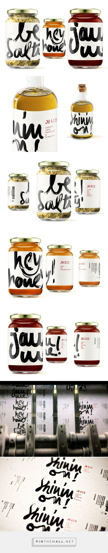 Hey Honey! Jam Me! Be Salty! Shinin'on! - Packaging of the World - Creative Package Design Gallery - http://www.packagingoftheworld.com/2017/05/hey-honey-jam-me-be-salty-shininon.html