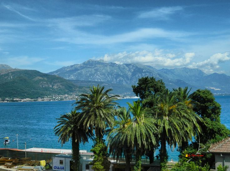 Bay of Kotor, Montenegro, photo from the bus, Nikon Coolpix L310. 8.4mm, 1/800s, ISO80, f/3.6, -0.7ev, HDR-Art photography, 201607081544