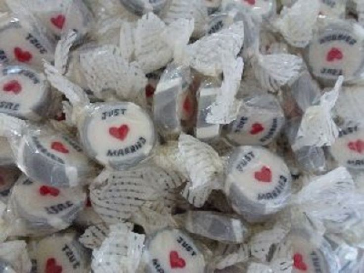 JUST MARRIED SWEETS X 25 SILVER WEDDING FAVOURS in | eBay