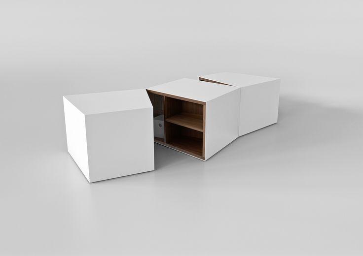 Bruijn - Ivory Collection #engravings #corian  #coffee #waiting #table #design #interior