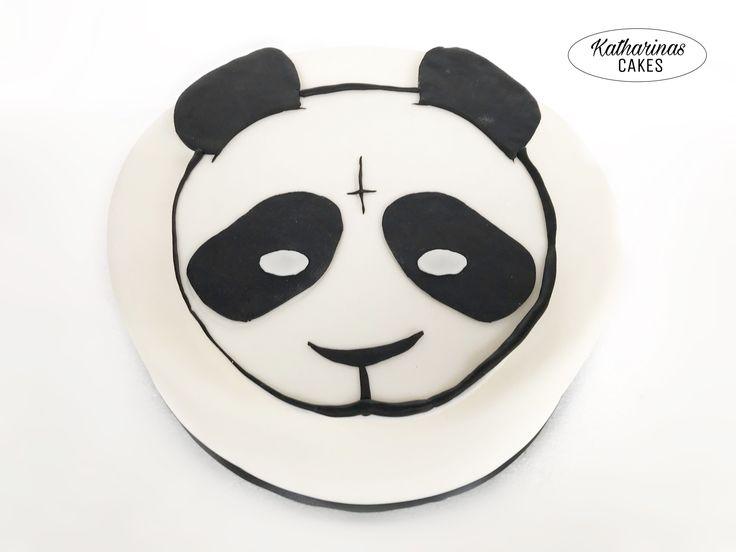 Cro Torte | Panda Torte | Maske | schwarz weiß | Motivtorte | Fondanttorte