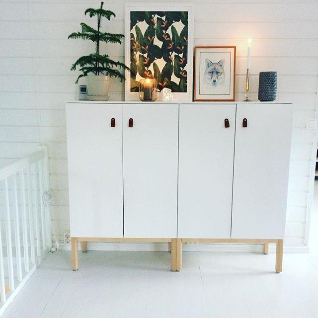 #metod kjøkkenskap med #skäralid benstativ! Perfekt #oppbevaring #ikea #skjenk #diy #interior #interiordetails #scandinaviandesign