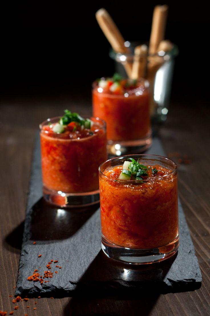 Gazpacho Shots with Gin | Foodlovin'                                                                                                                                                                                 Mehr