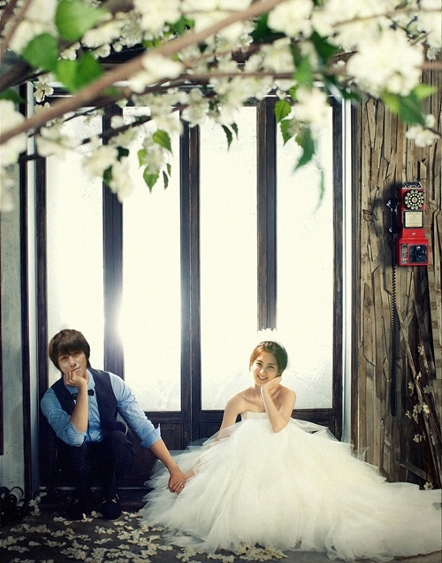 "Yonghwa and Seohyun - ""We Got Married"" Wedding Shoot"