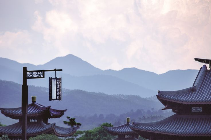 Chinese Landscapes in Imperial Luxury #luxurytravel #china #travel