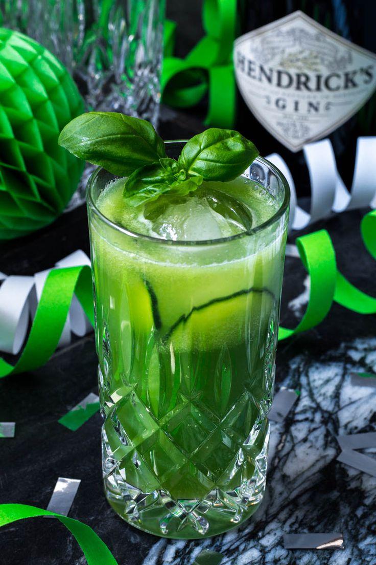 Gin Fizz mit Gurke, Ingwer und Basilikum