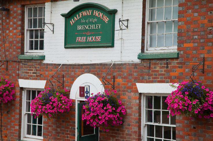 https://flic.kr/p/YTik47 | Halfway House Inn (brenchley) Kent | TN12 7AX  Kent on the Horesmonden Road