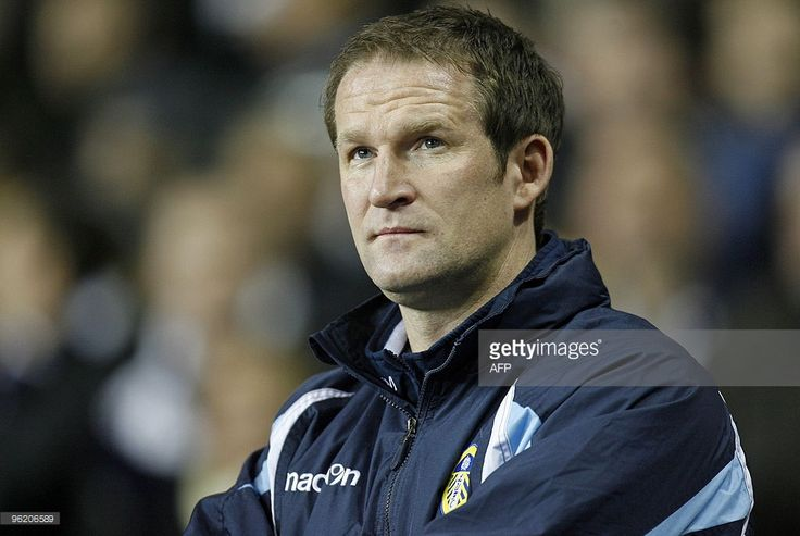Find out what Simon Grayson is doing now.