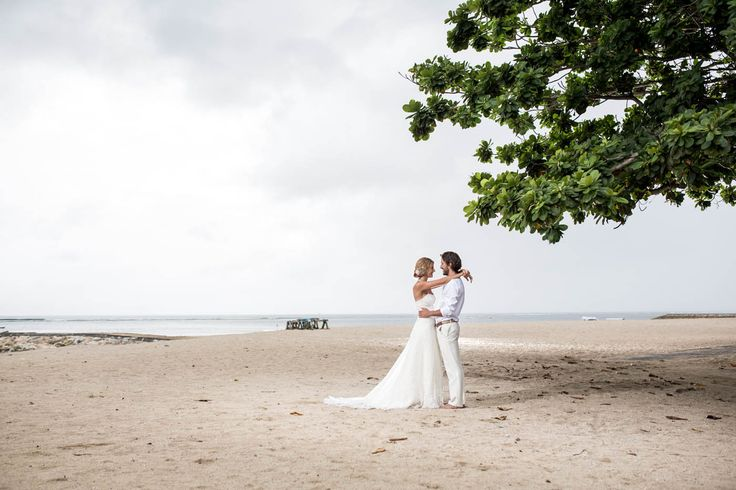 7 Reasons Why This Uncovered Gem Is The Best Bali Beach Wedding Venue!   http://tinyurl.com/q65l7b2